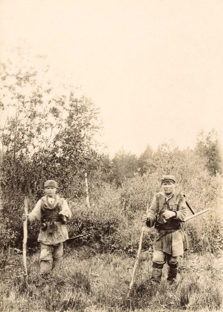 Зырянские крестьяне на охоте
