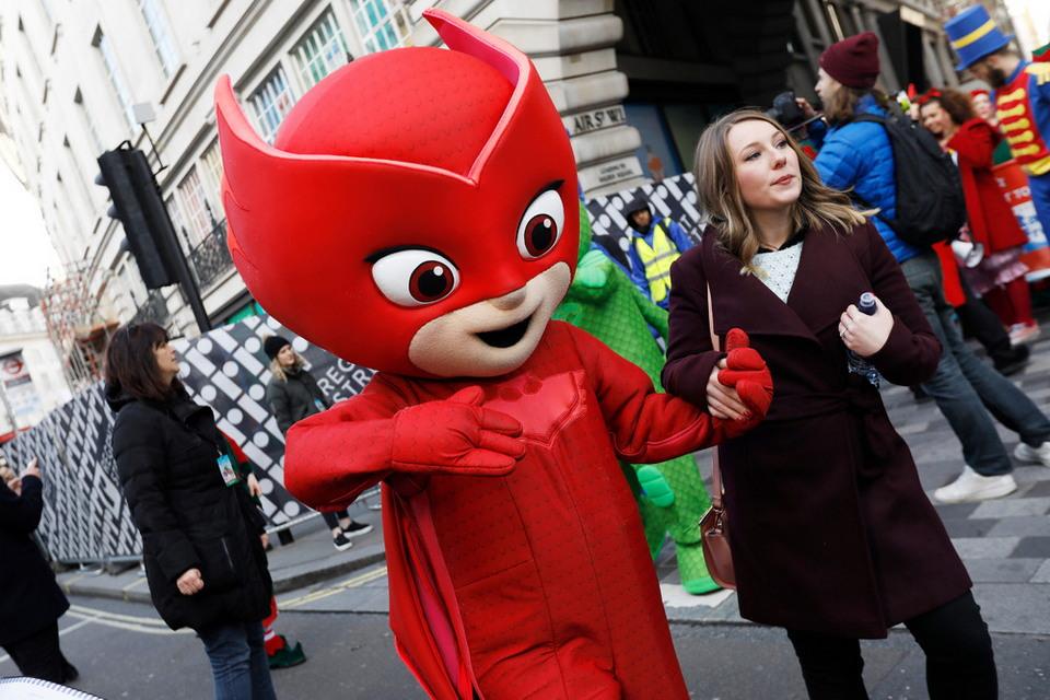 Рождественский парад игрушек Hamleys