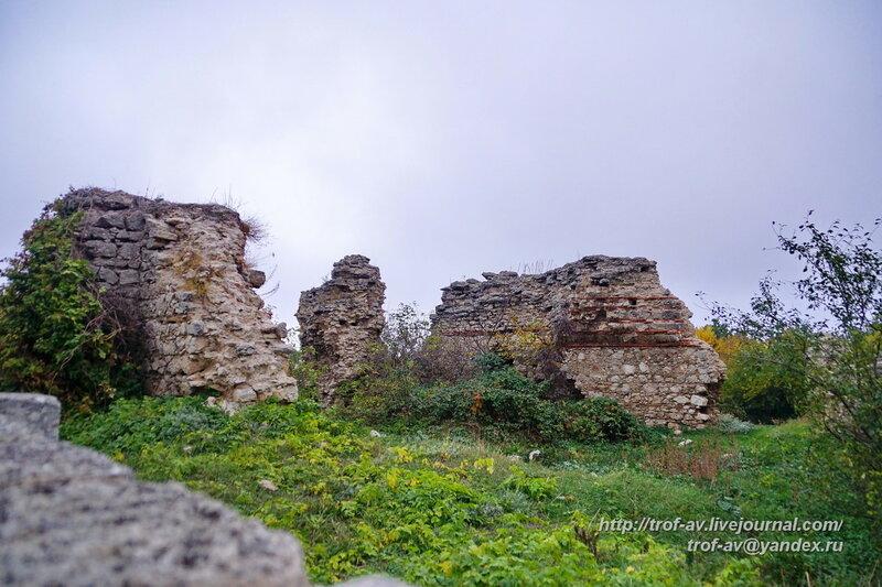 Руины мечети Куршум-Джами (Свинцрвая мечеть), Старый Крым