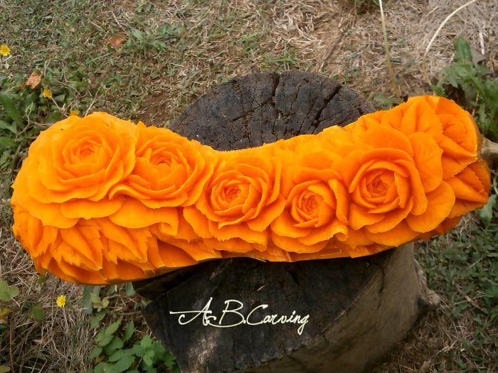 15-Alternative-Halloween-Pumpkins-carved-by-master-Angel-Boraliev-59ed98c48ff12__700.jpg