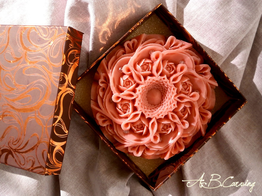 Soap-Carving-by-carving-master-Angel-Boraliev-ABCarving-Bulgaria-587c9824498b9__880.jpg