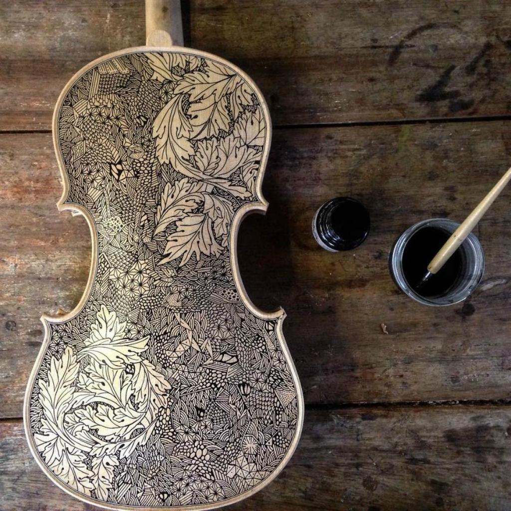 Im-the-Violin-Painter-59f18cb6bc843__880.jpg