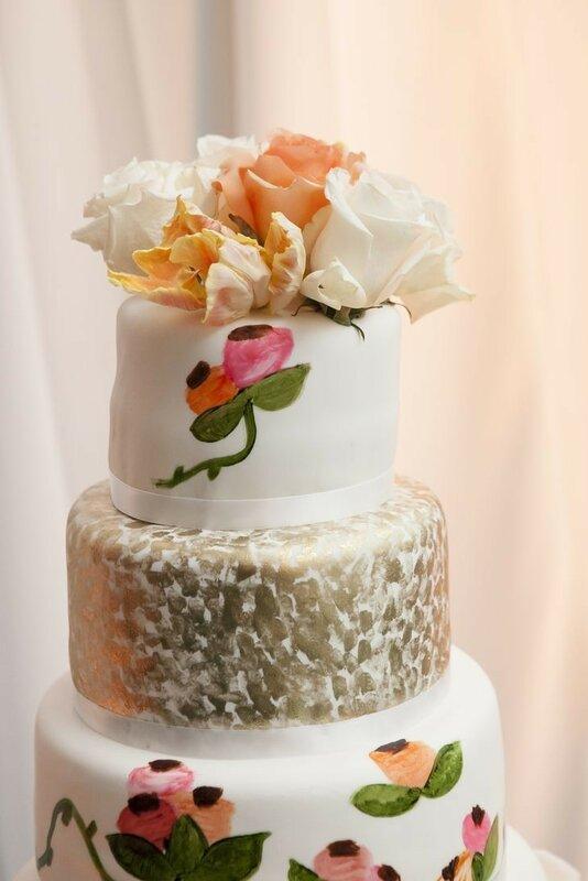 0 178338 894c68b0 XL - Аппетитные свадебные торты сезона 2017