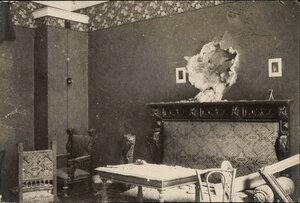 Попадание снаряда в квартиру у Никитских ворот