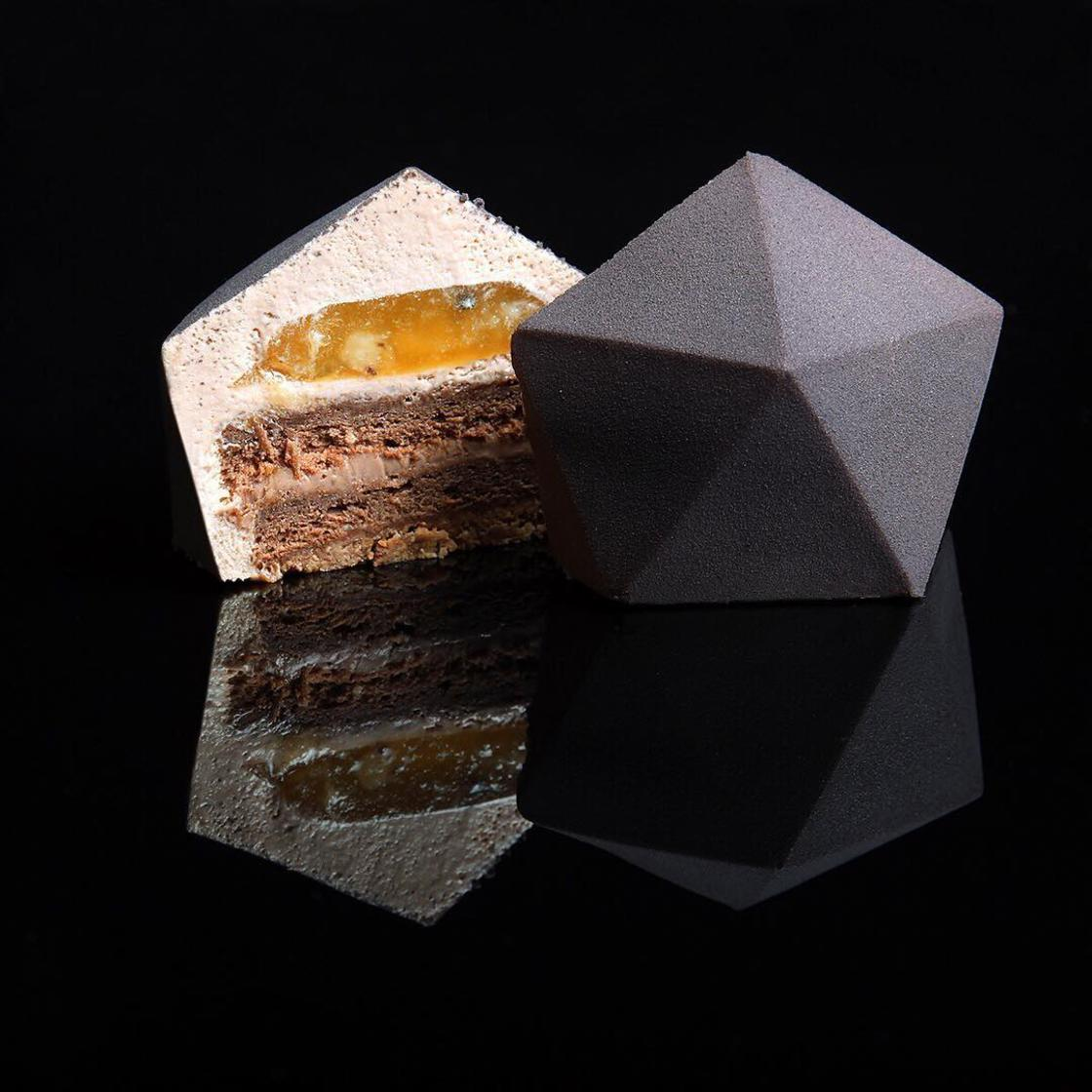 Design and Cakes – The new culinary creations by Dinara Kasko
