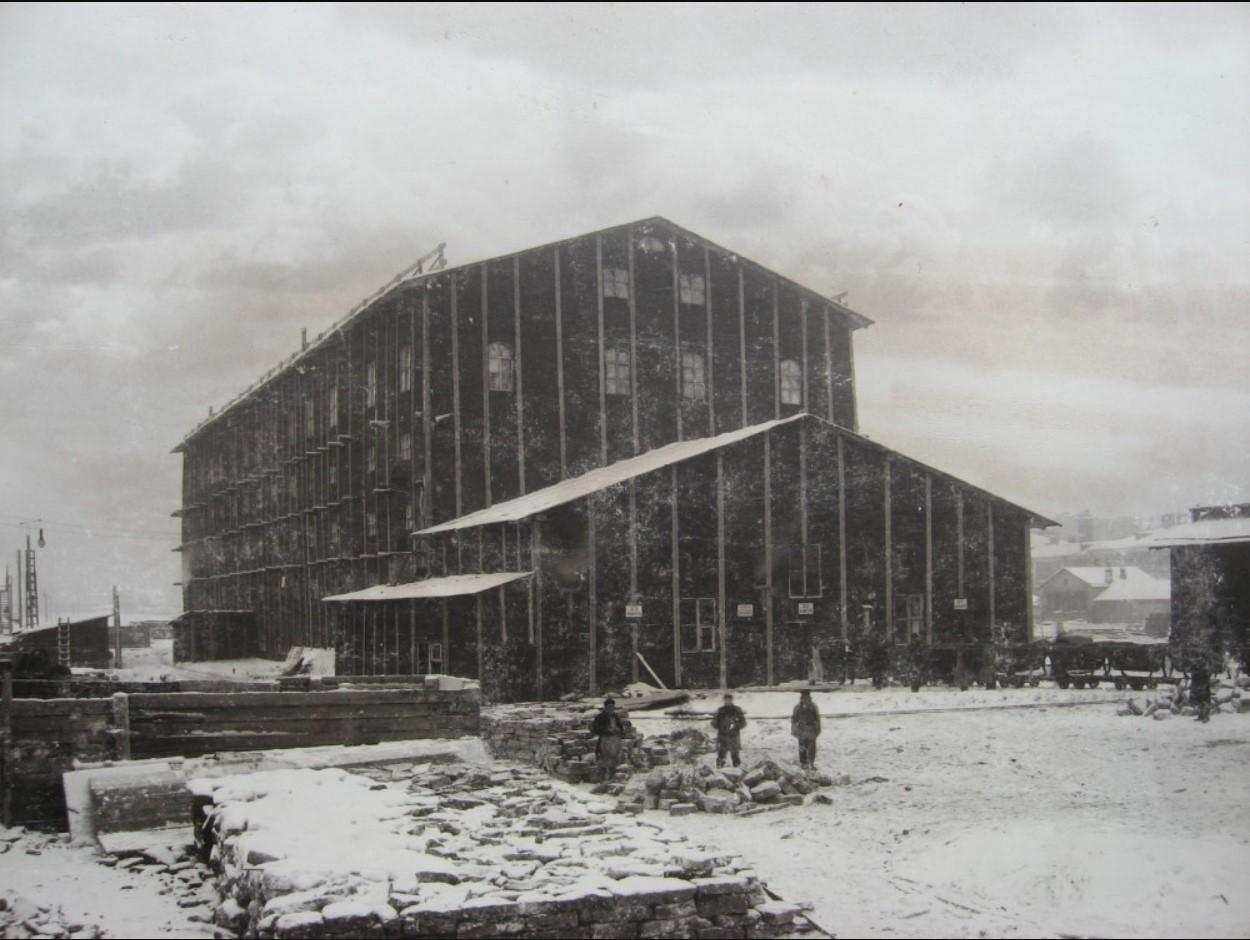 08. Сооружение главного здания Императорских поездов в тепляках. Зима 1900-1901