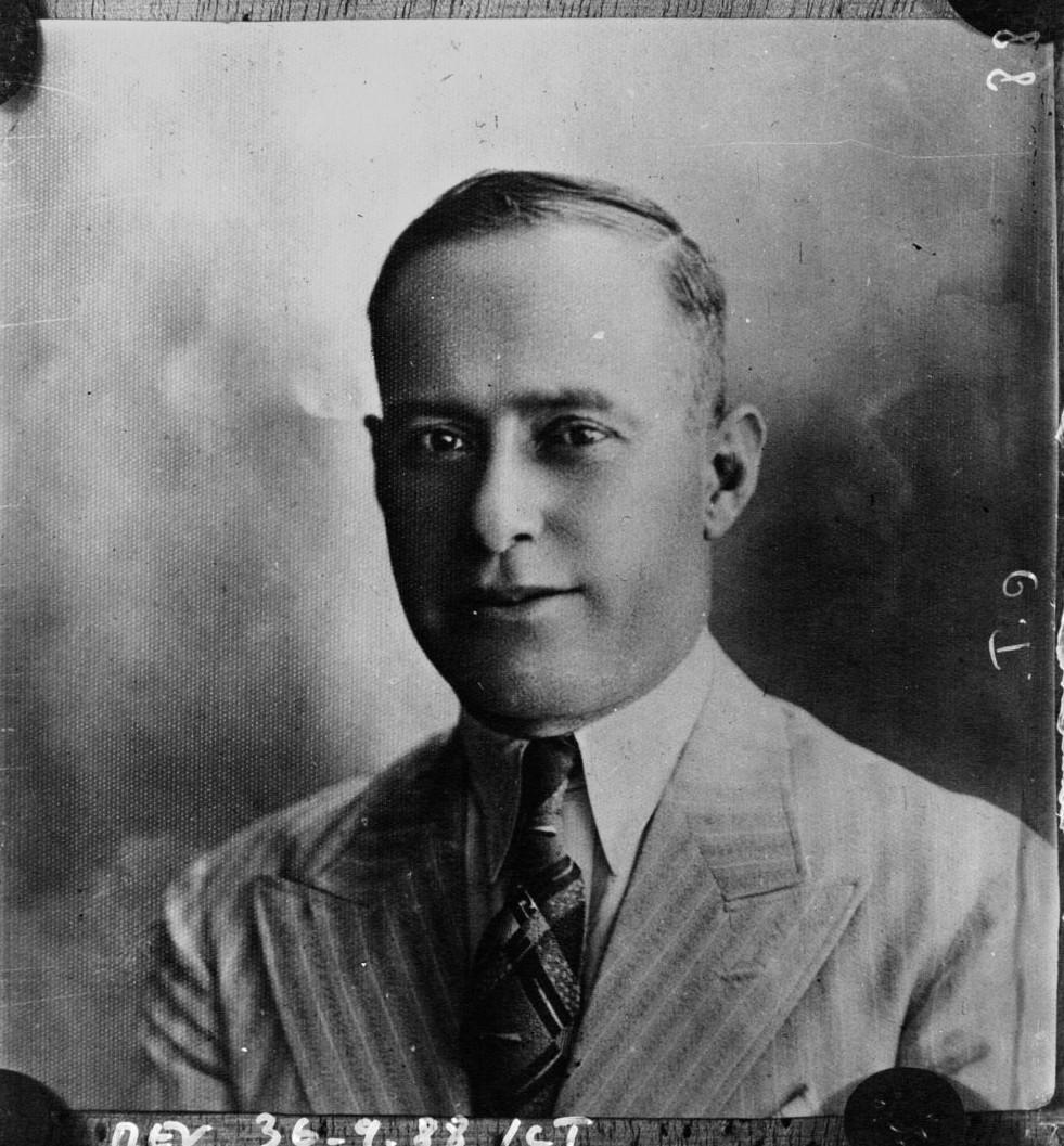 1936. Портрет Фаузи Бей аль-Хаджи, лидера арабского восстания против англичан и евреев