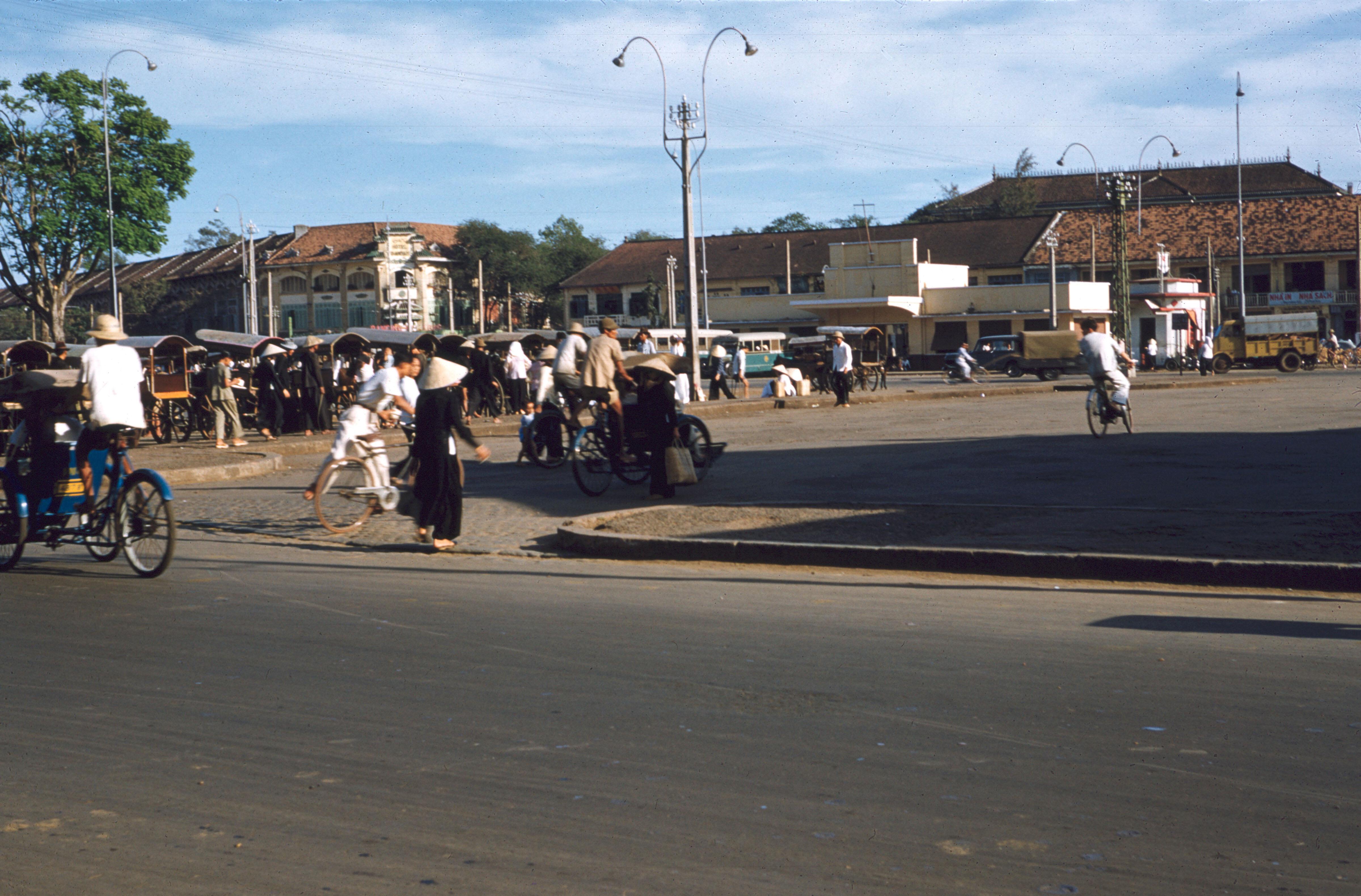 Рыночная площадь Бен Тхань