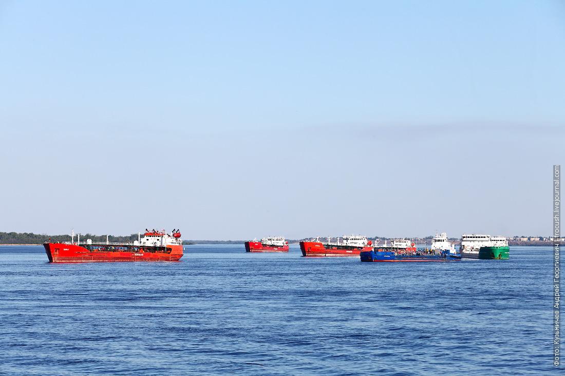 Танкеры ждут разрешение на вход в Волго-Донской судоходный канал
