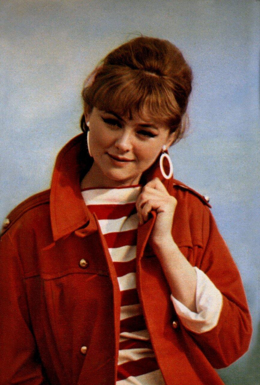 Фото советских актрис в купальнике 20 фотография