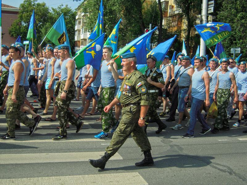 Торжественный марш десантников