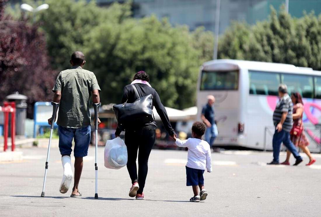 Ж/д вокзал итальянского Милана превратился в бомжатник: Миграционная политика ЕС (8)