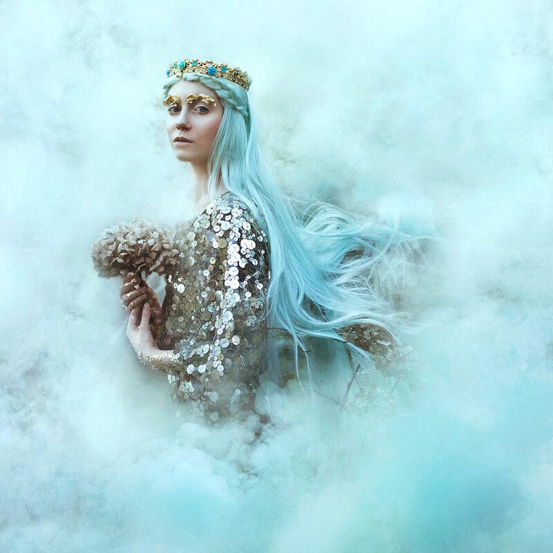 Белла Котак: Волшебные миры