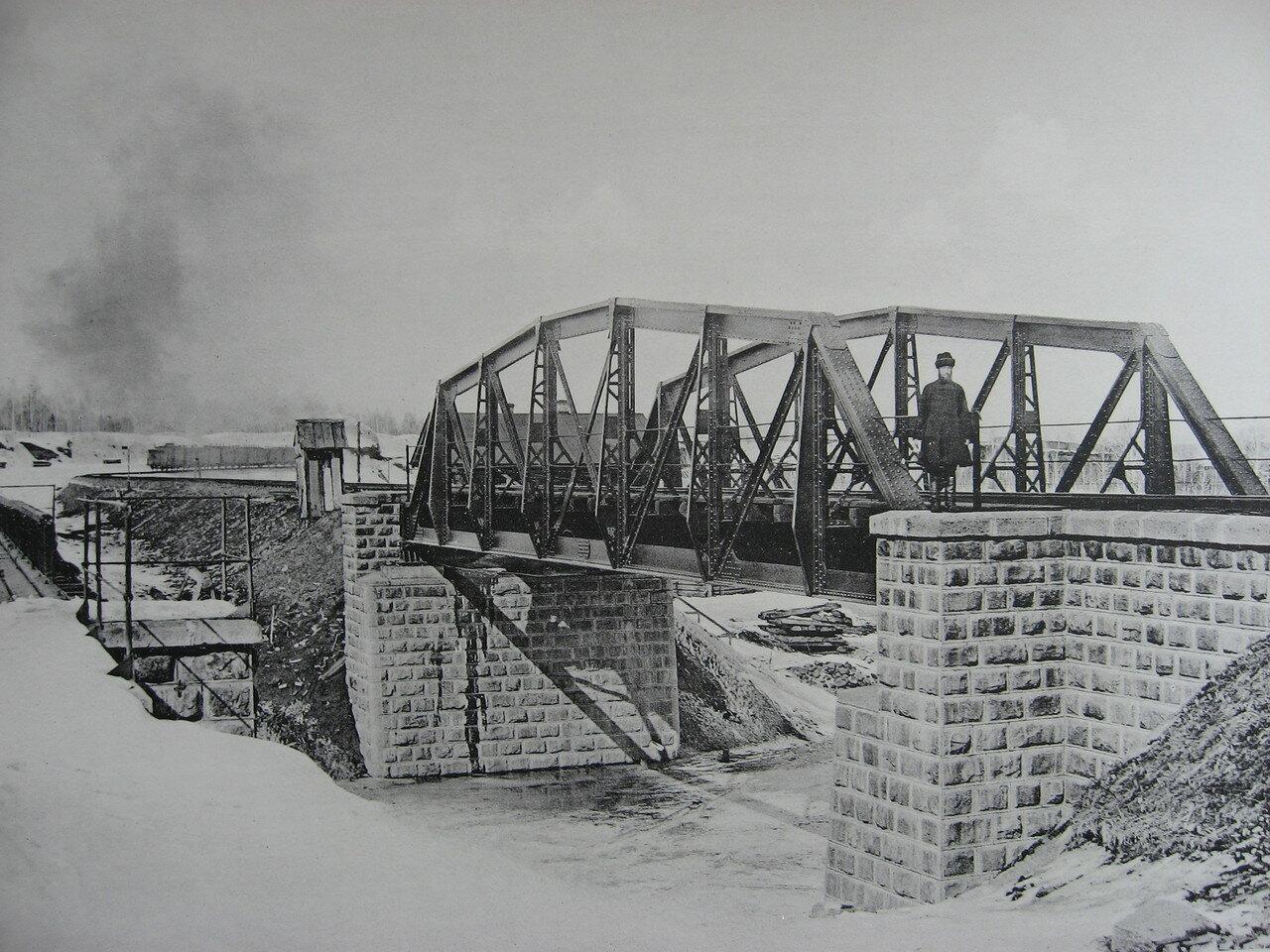 73. 2597 верста. Новый мост под второй путь через р. Рубахину. Строительный период 1909