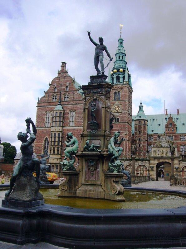 Фонтан ''Нептун''. Замок Frederiksborg.