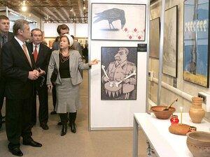 Президент України Віктор Ющенко взяв участь у відкритті виставки, яка експонується в Палаці мистецтв «Український дім»