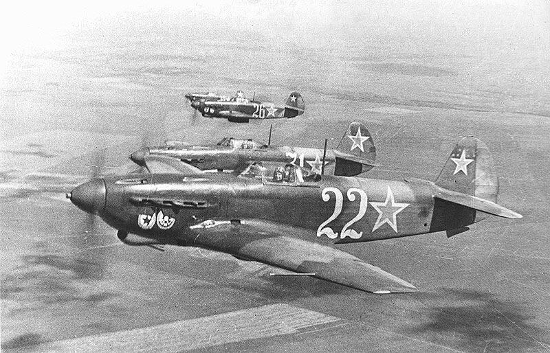 ...отряд поисковиков обнаружил в районе Выборга обломки советского истребителя ЯК-9 с останками пилота в кабине.
