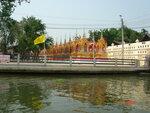 Весёленький храм в Тайланде..jpg