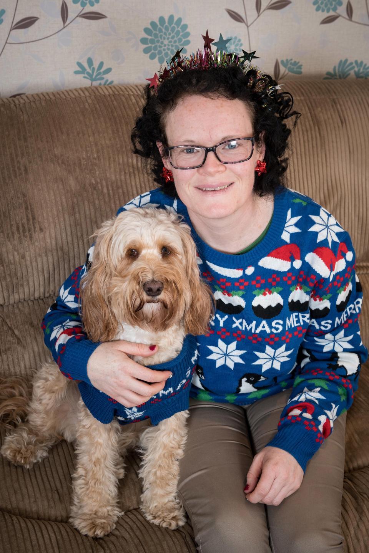 Британка купила 68 рождественских подарков за £1 000 для своей собаки