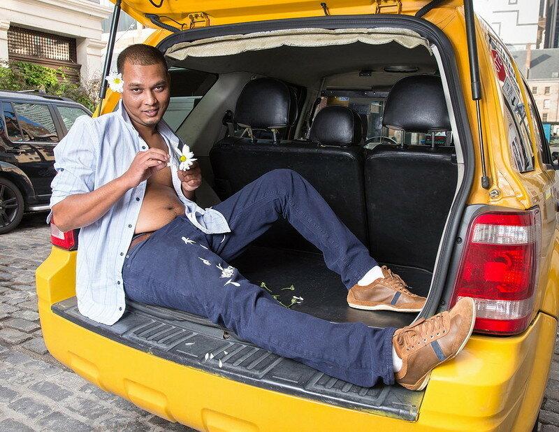 0 179c36 f6a7f95e XL - Нью-Йоркские таксисты выпустили календарь со своими фотографиями