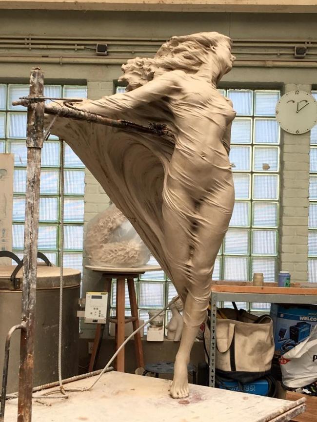 Посмотрите наэти прекрасные скульптуры. Кажется, они вот-вот оживут