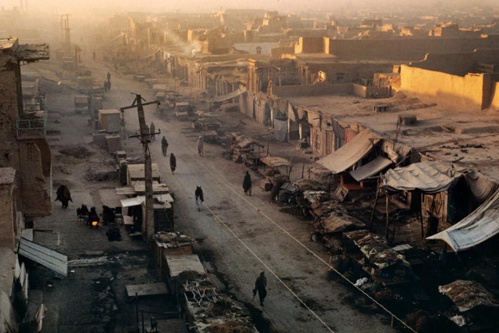 22. Половина мировых мегаполисов к 1992 году, причём не всегда самых богатых, уже успели столкнутся