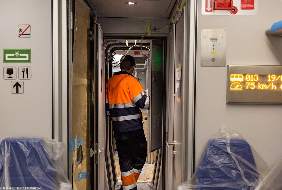 7. Пассажиры на этом поезде были двух видов. Первый — металлические блины весом по 40 и 50 кг.