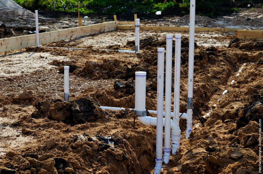 15. Обычный средний размер фундамента - 20 на 15 метров.