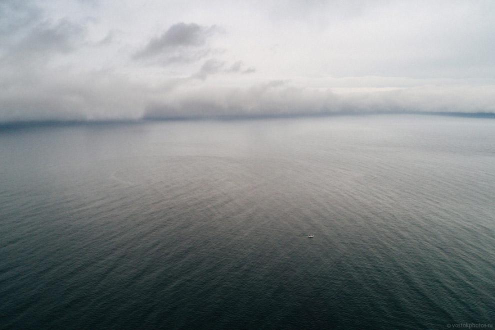 21. Всего архипелаг Шантарские острова включает в себя 15 островов в Охотском море. Часть из них отн