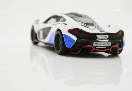Машинка металлическая Kinsmart McLaren P1 Exclusive Edition