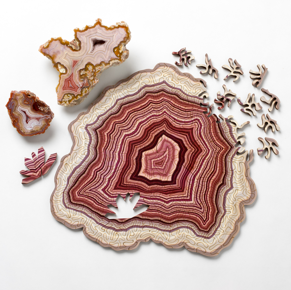 Computer-Generated Jigsaw Puzzles Based on Geological Forms (7 pics)
