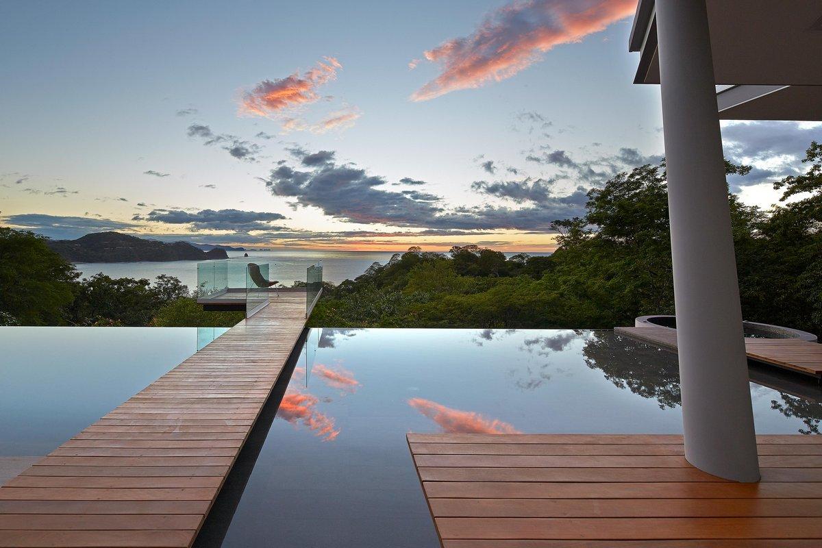 Впечатляющий особняк в Коста-Рике