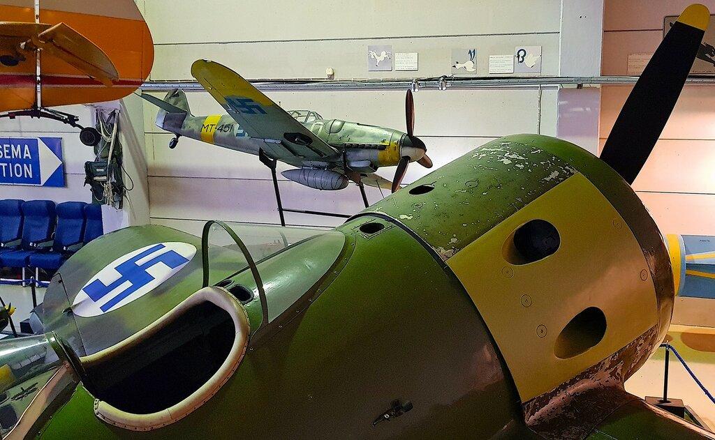 Финский музей авиации. И-16 тип 15 (УТИ-4) 08.jpg