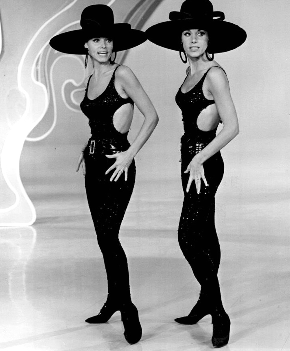 1966. «The Kessler twins»
