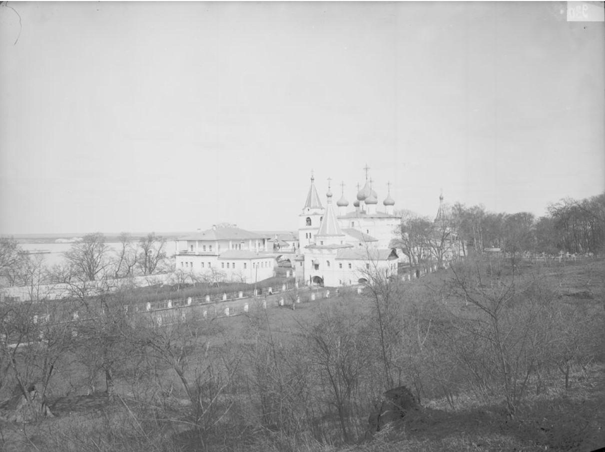 Общий вид Печерского монастыря
