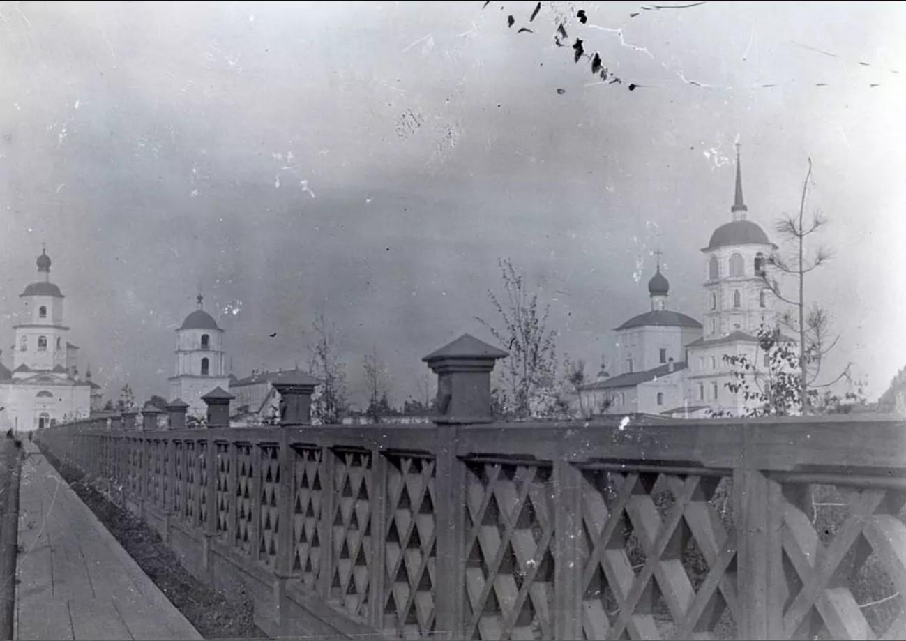 Богоявленский собор и Спасская церковь