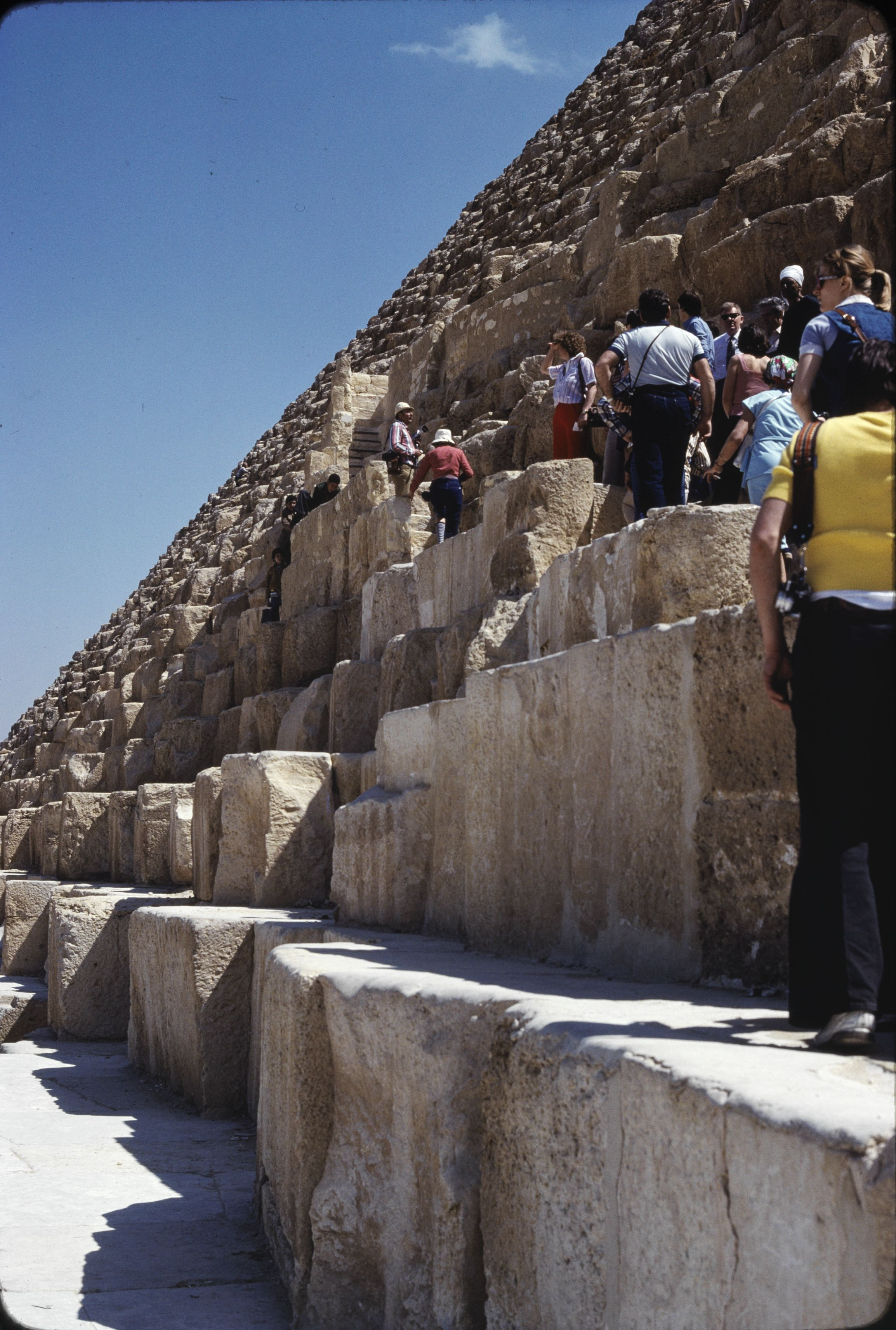 03. Гиза. Пирамида Хеопса с юга