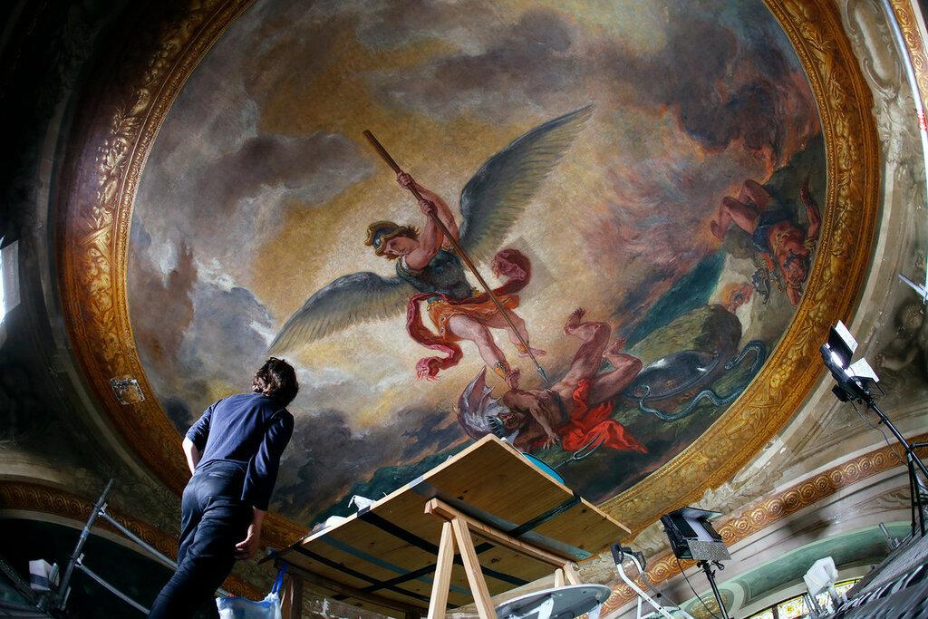 Encore-fermee-public-chapelle-Saints-Anges-eglise-Saint-Sulpice-embrase-nouveau-feux-palette-Eugene-Delacroix_0_1400_933.jpg