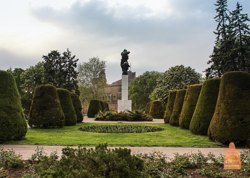 Памятник Благодарность Франции