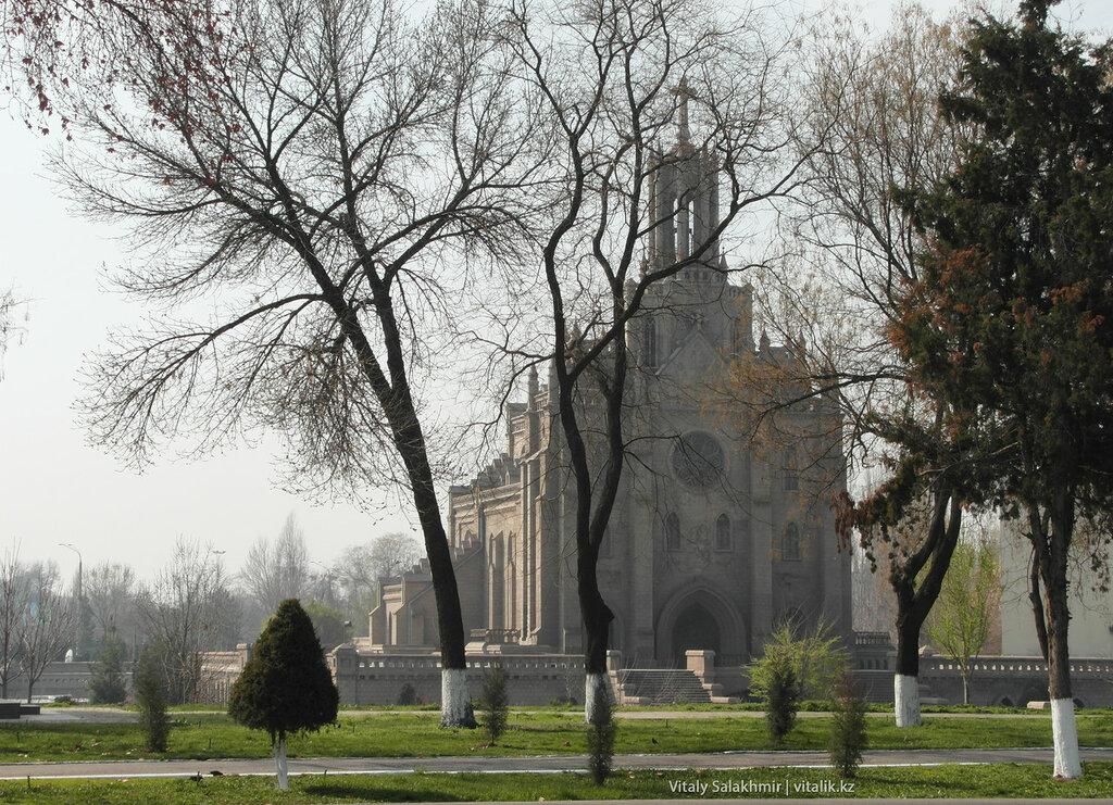 Католическая церковь в Ташкенте, Узбекистан