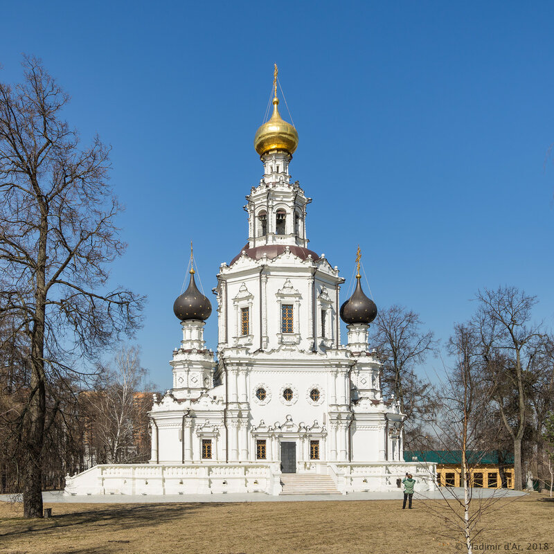 ерковь Троицы Живоначальной в Троице-Лыкове