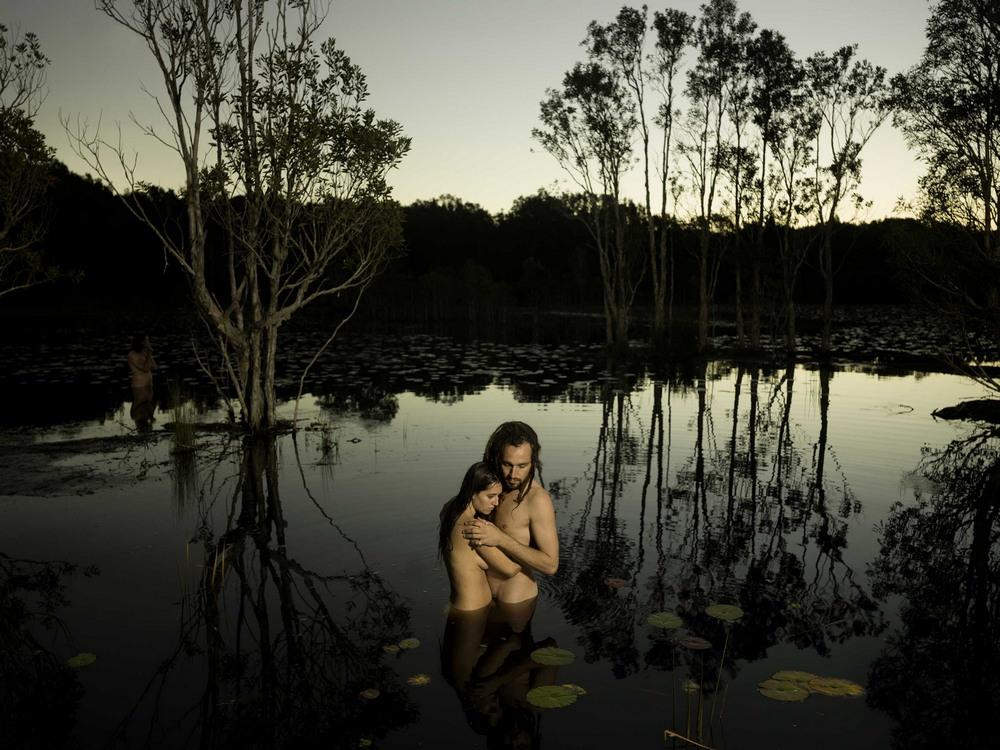 «In our nature»: Обнаженные люди на природе