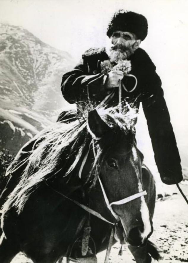 1964. Портрет Сержарали Муслимова, пастуха из Азербайджана, утверждающего, что ему 158 лет