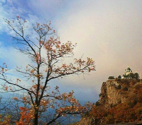 Церковь Воскресения Господня в Форосе, на скале!