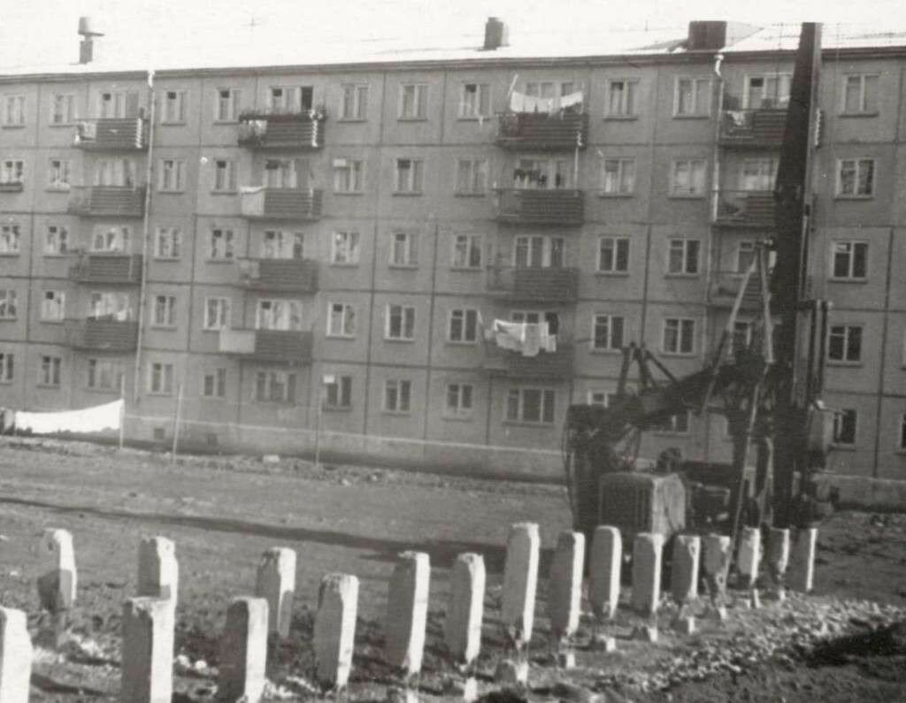 Dom-radio-pervyie-svai-1965g-3-1024x795.jpg