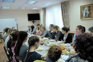 Беседа со студентами колледжа в приходском духовно-просветительком центре