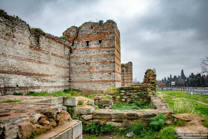 Стамбул. Феодосиевы стены Константинополя