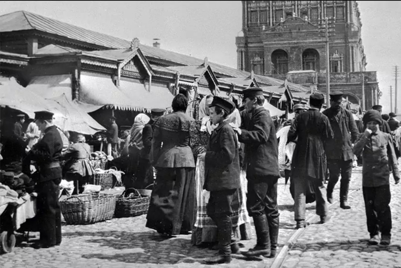 Лавки на Малой Сухаревской площади