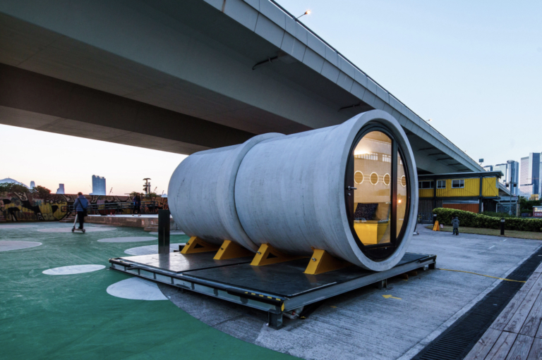 Incredible Concrete Tubes Appartments Concept