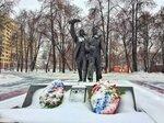 """Памятник летчикам полка """"Нормандия-Неман"""" в Лефортово"""